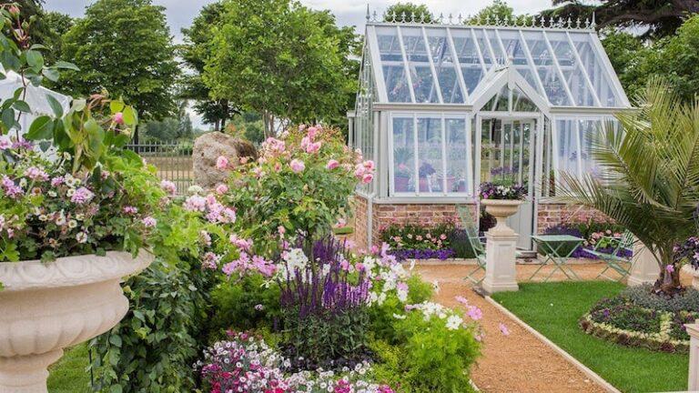 How To Become A Garden Designer?